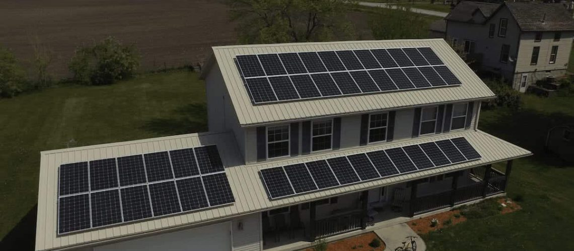 newer-home-with-solar-panels-installed.png